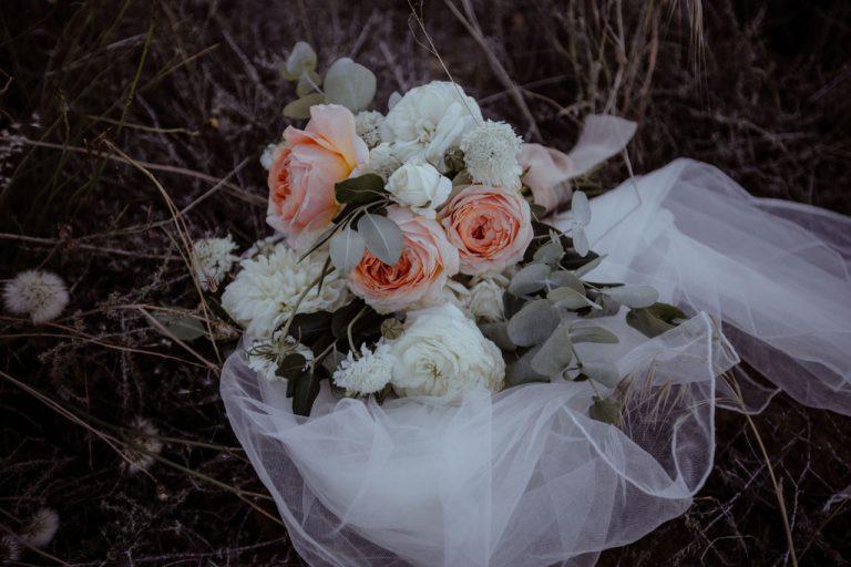 wedding flowers, bridal bouquet, ladybloom florist, cape town flowers, cape town wedding florist, western cape weddings